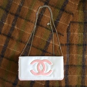 New Chanel beauty cosmetic vip bag white pink